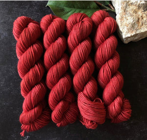 Red Stag Fibre: Dachas Sock