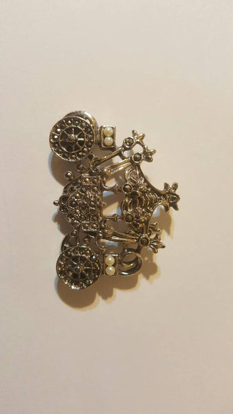 Cinderella's Carriage, Vintage Jewelry, Silver Brooch, Pin, free shipping