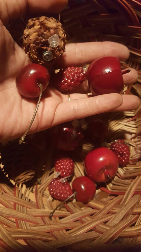 Fruit, Raspberry, Cherries and Apple Geocaches, micros