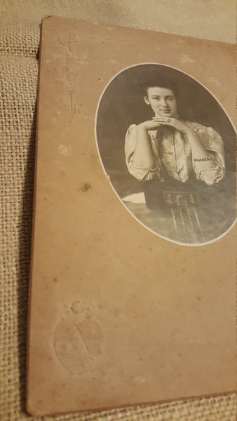 1800's Portrait of a woman, chin resting on hands, lady, unknown photography