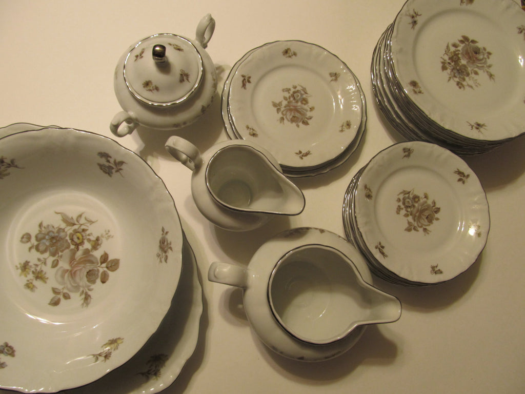 Winterling, Schwarzenbach, Bavaria, Germany, porcelain, porzellan, fine china, replacements, china, epsteam, rose pattern, Platinum trim