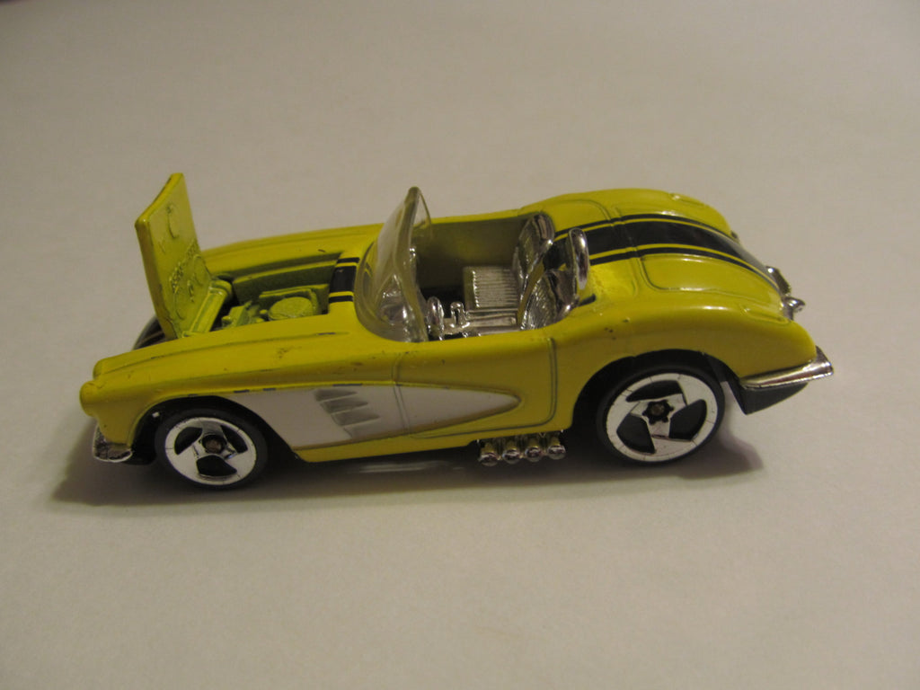56 Chevorlet Corvette, Yellow, Hot Wheels, diecast, model cars, classic cars, vintage toys, collectibles, hood raises! Free Shipping