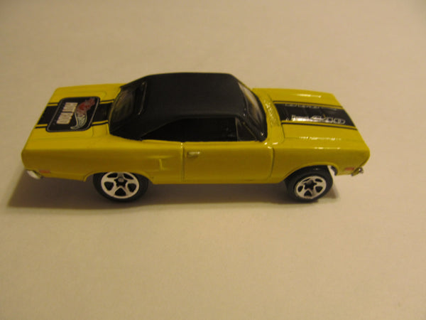 70 Roadrunner, Bright Yellow, 2 door, 440 plymouth, hot rod, Hot Wheels, diecast, model cars, classic cars, vintage toys, collectibles