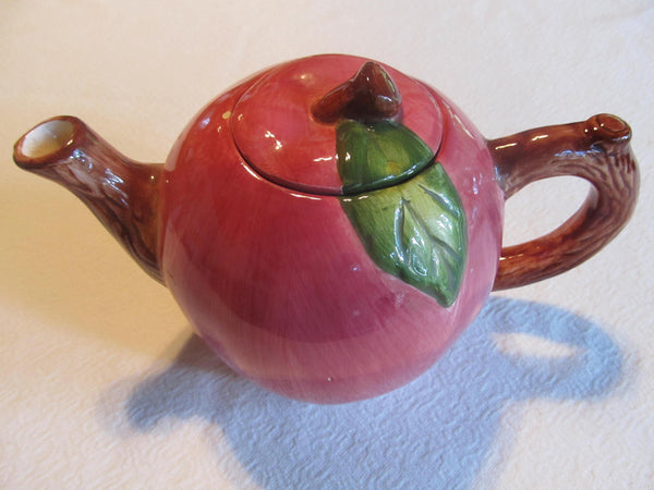 Apple Tea Pot, tea time, vintage serving pitchers, FREE Shipping