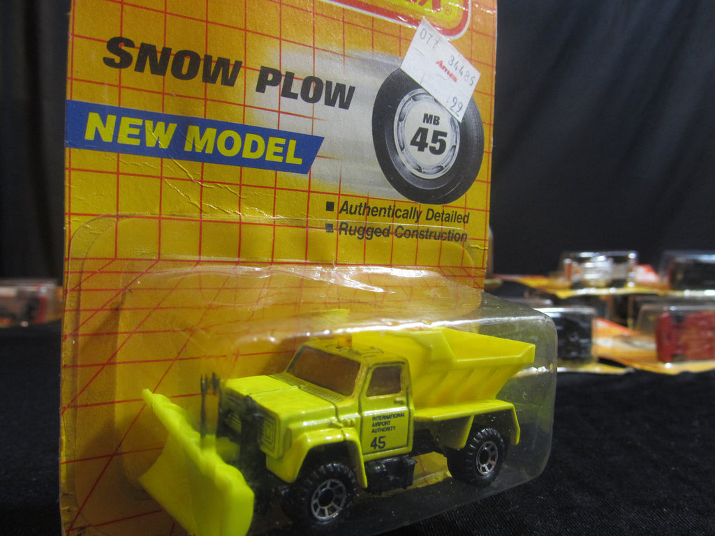 Snow Plow, MB 45, New Model! International Airport Authority, Matchbox Cars, Trucks, Vehicles, Diecast Cars, Car Models, FREE Shipping