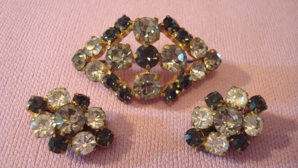 Gold Stone Brooch - Matching Jewelry Set - Ear Rings