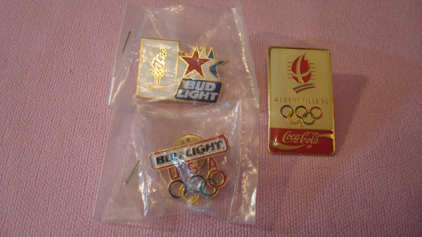 Pins, Brooches, LOT of VINTAGE JEWELRY, Gold - Lot of 3 - Oylimpics