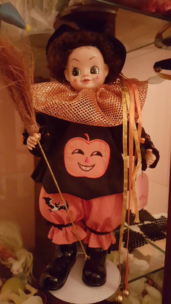 Brinn's Halloween Collectible Calender October Doll, Halloween doll