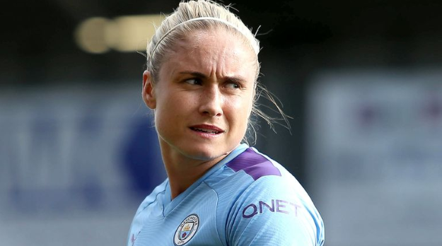 Steph Houghton – England women's team captain in a headband