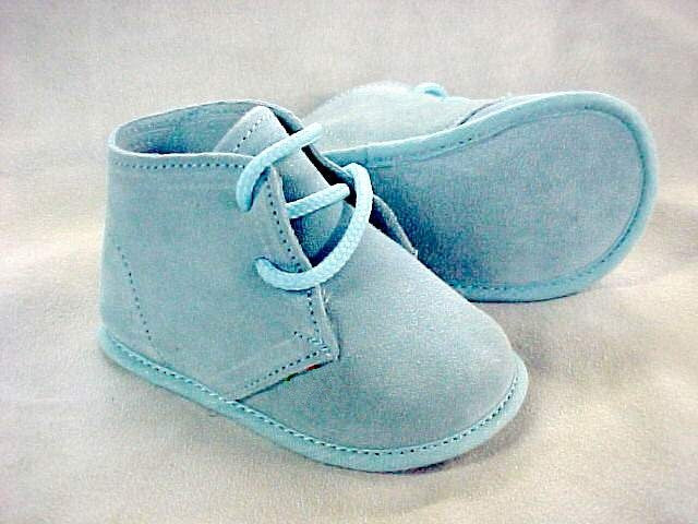 ABA NEVER ENDING Unisex Baby Suede Booties Light Blue