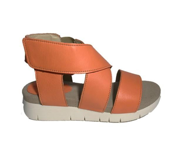 "Bos & Co ""Piper"" Sandal"