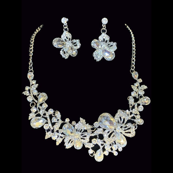 Tamara Necklace Set