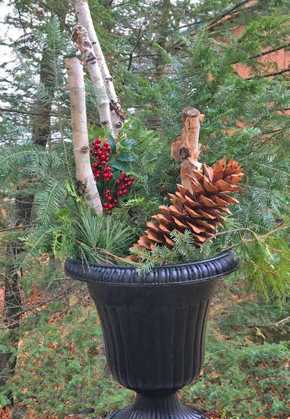 Giant Pine Cone for Holiday Outdoor Decorating