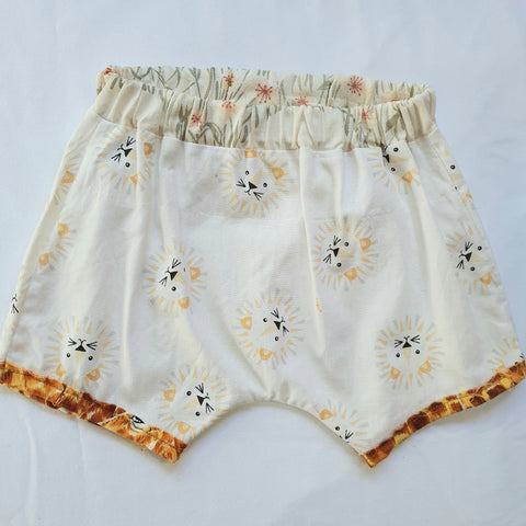 size 0-3 months - White Baby bloomers with lion face