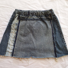 Load image into Gallery viewer, Denim skirt - Light/dark pocket Size 10 girls