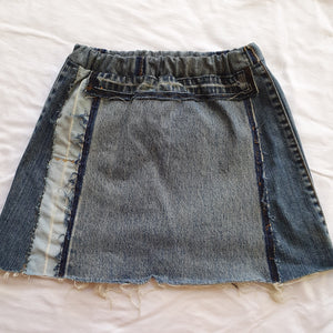 Denim skirt - Light/dark pocket Size 10 girls