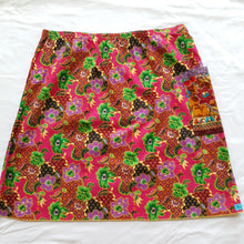 Load image into Gallery viewer, Ladies Pink batik skirt AU12-14