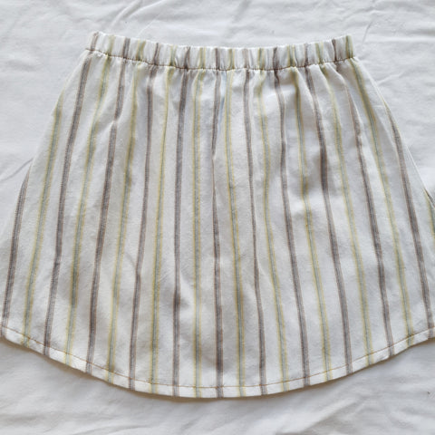 Upcycled shirt skirts - White striped Size 3-4