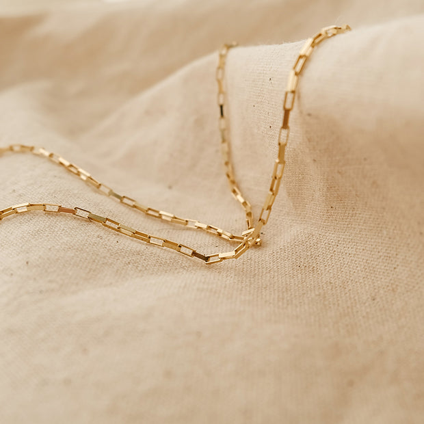 Lucky Clavicle Chain Necklace