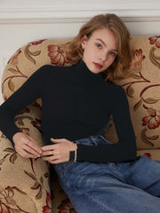 Vicky 100% Wool Turtleneck Sweater-Black