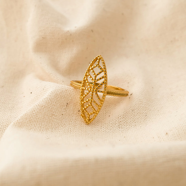 Zoe Geometric leaf ring