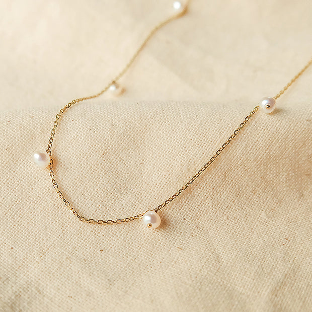 Vera Mini Pearl Necklace