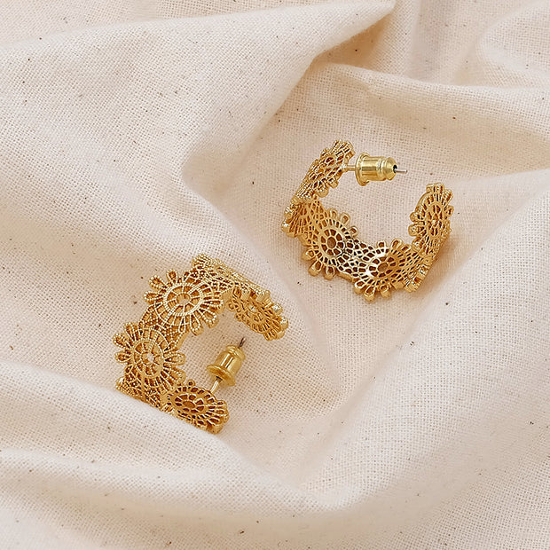 Claudia Lace Earring
