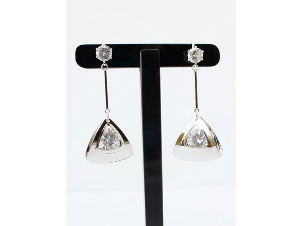 Appealing Triangular Danglers