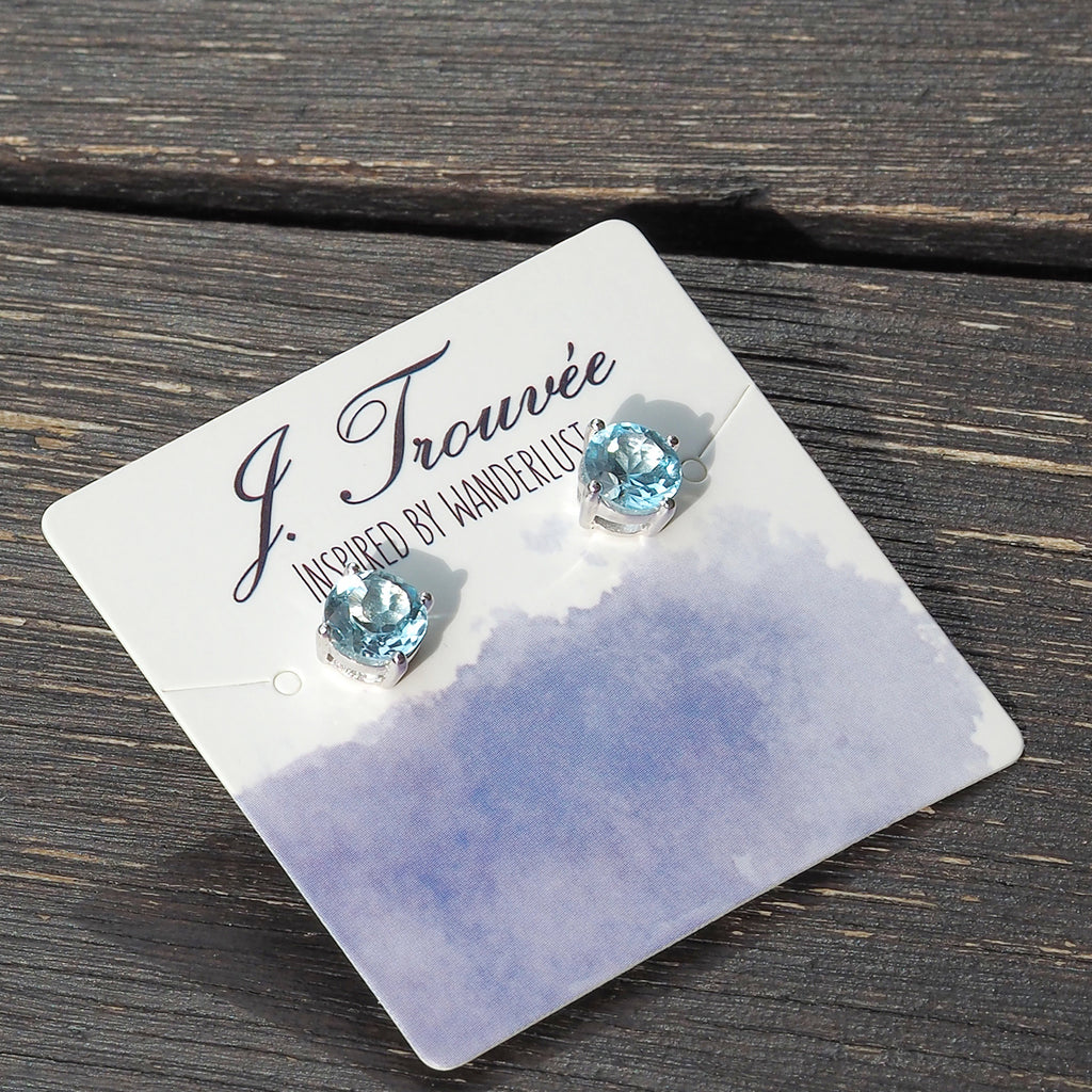 Glittering Stud Earrings in Sky Blue Topaz