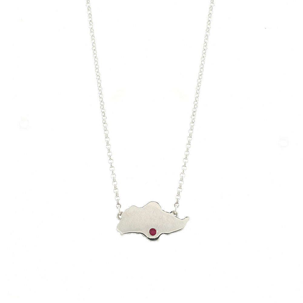 Singapore Island Necklace in White Gold with Red Crystal