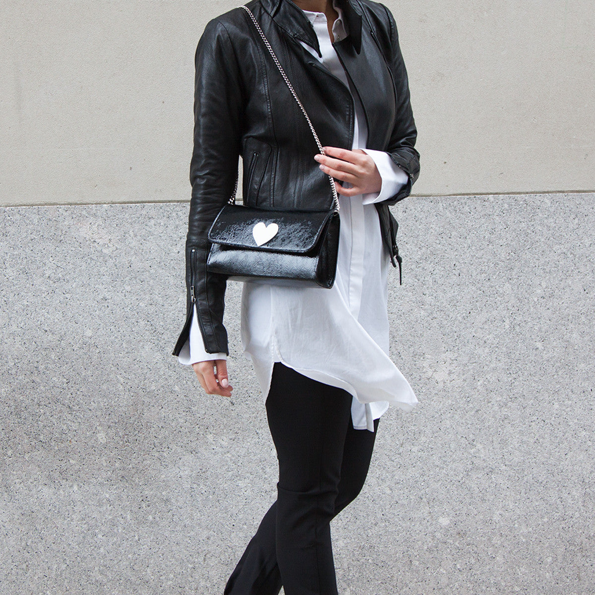 Mich Shoulder Bag Cracked Black Patent Leather w/ White Heart - erindananewyork - 3