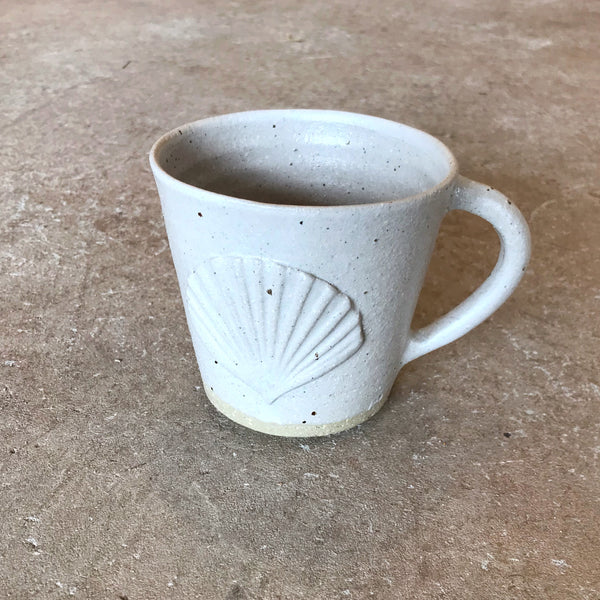 Shell Mug - White - EMILY BROOKFIELD