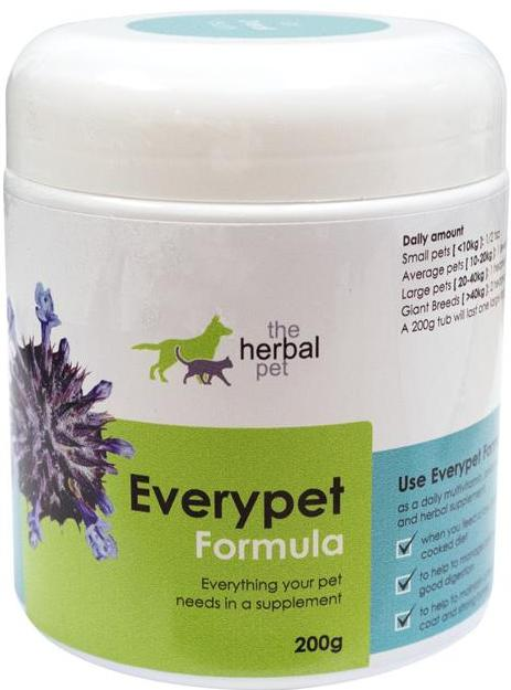 Natural vitamin supplement for dogs and cats