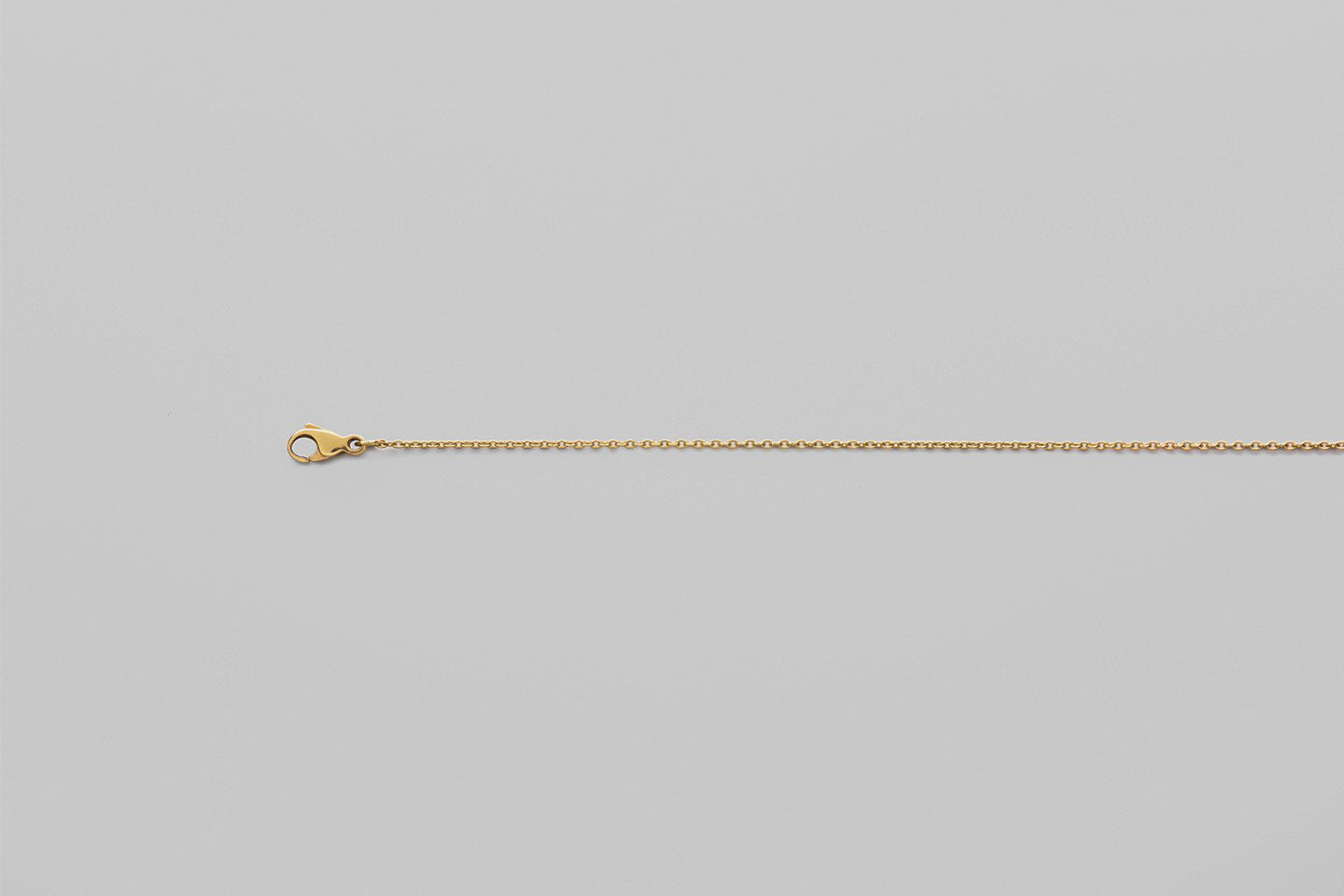 Alphabet chain | 18k yellow gold