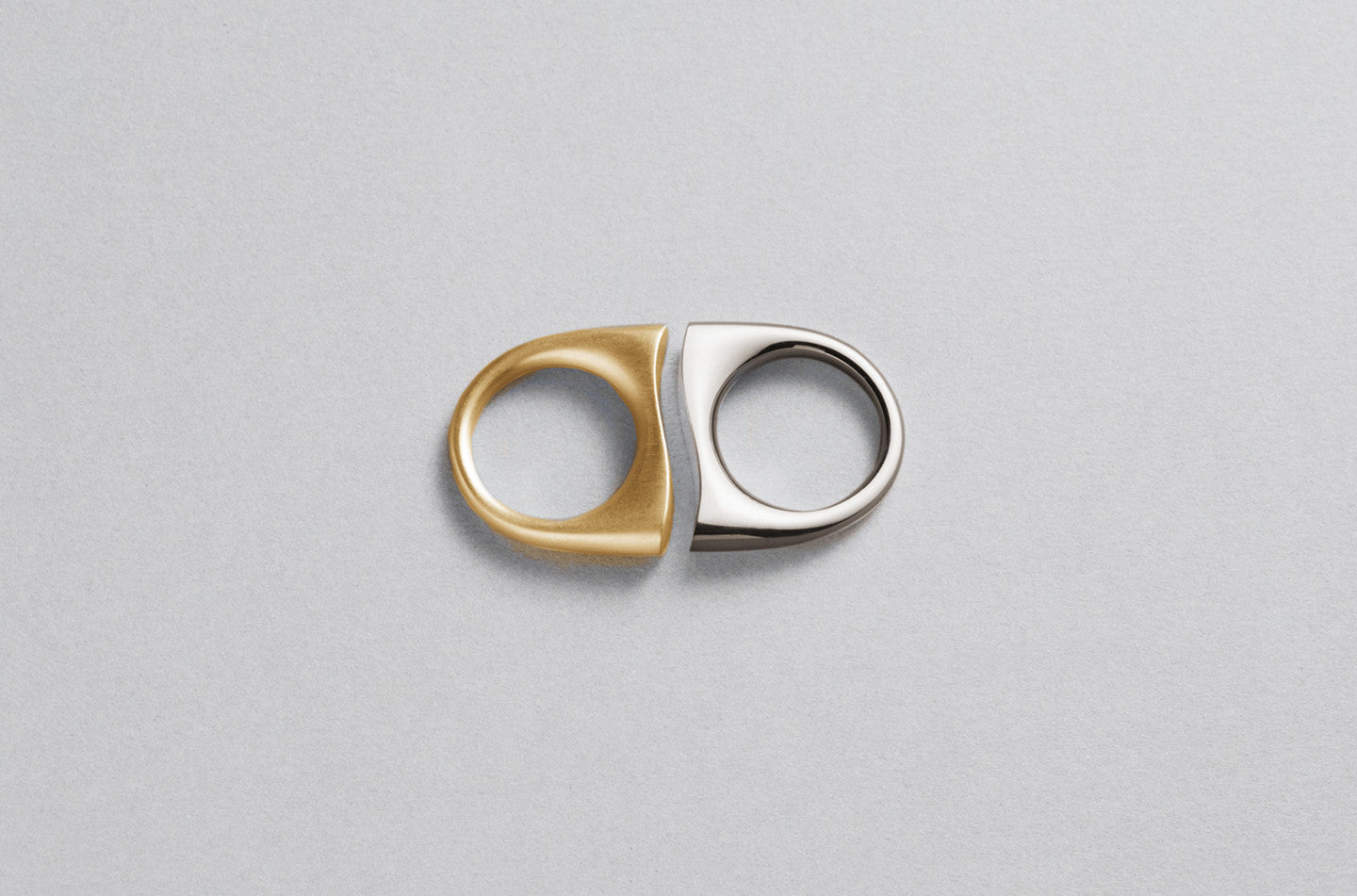 Love Distance Ring | 18K Yellow Gold and 18K White Gold
