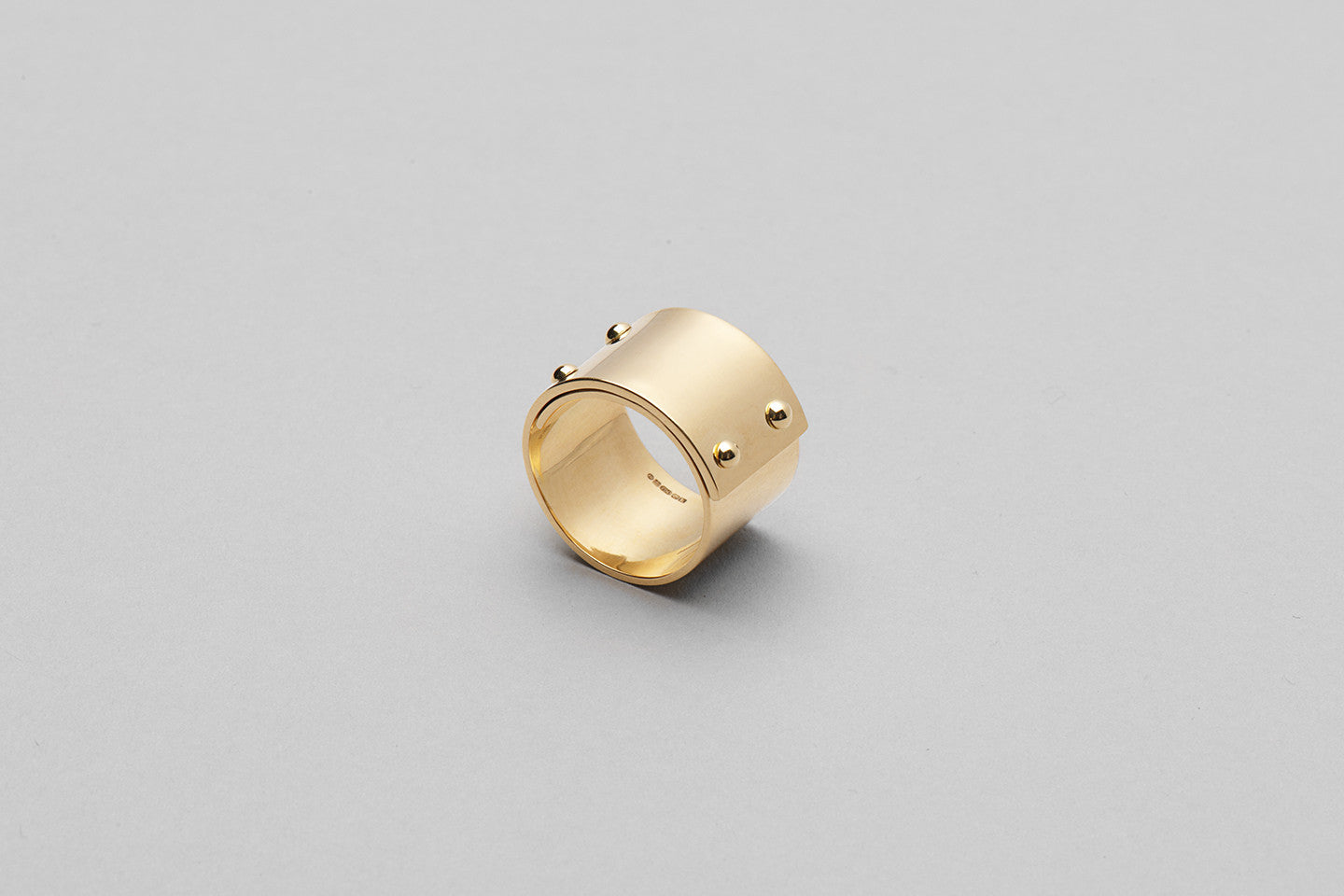 Wyatt Love Ring | 18K Yellow Gold