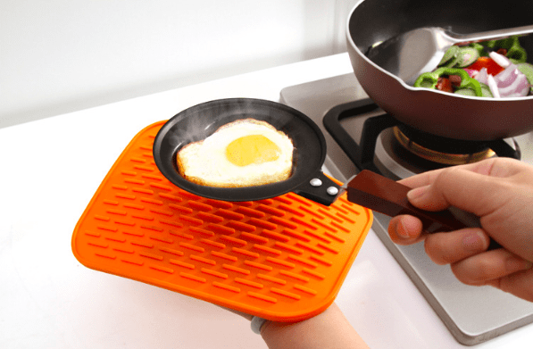 Silicone Heat Resistant Non-slip Trivet Mats/Pot Coaster - Orange, HippoMart - HippoMart.SG - Premium Item at Direct Factory Price