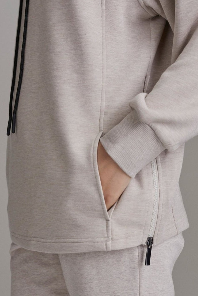 VARLEY Atlas Sweat Silver Grey | Shop Loungewear Online SPORTLES.com