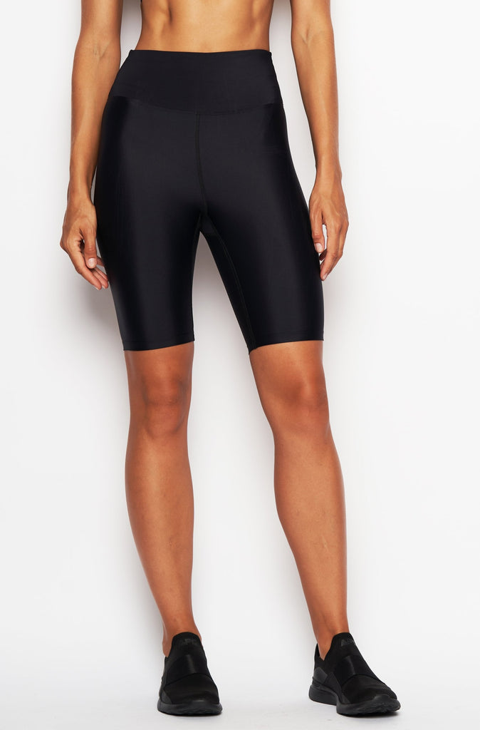 HEROINE SPORT Cycling Shorts Shine Black | Shop Online SPORTLES.com