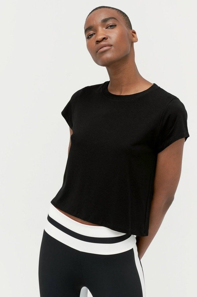 VAARA Nadia Box T-shirt Black | Shop Online SPORTLES.com