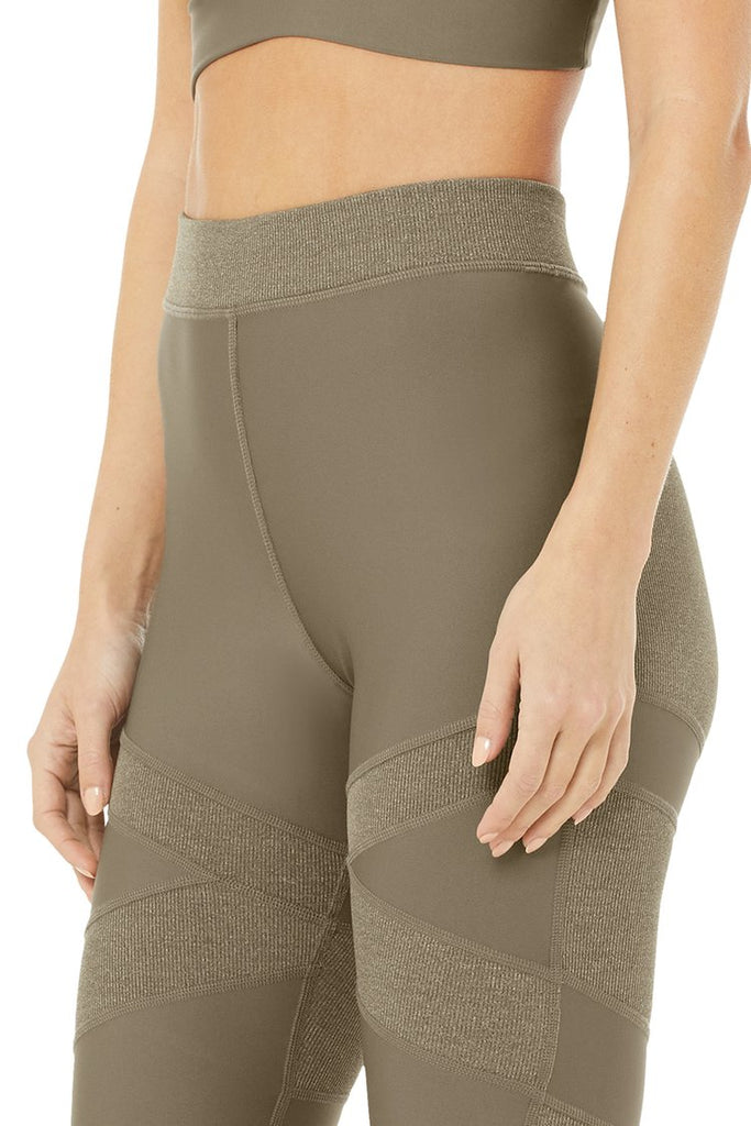ALO YOGA High Waist Level Up Legging Olive Branch - Sportles.com