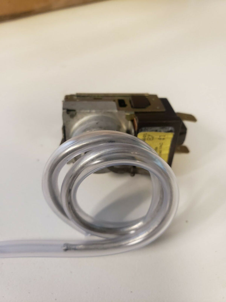 GE REFRIGERATOR TEMPERATURE CONTROL THERMOSTAT - WR9X405 WR9X401