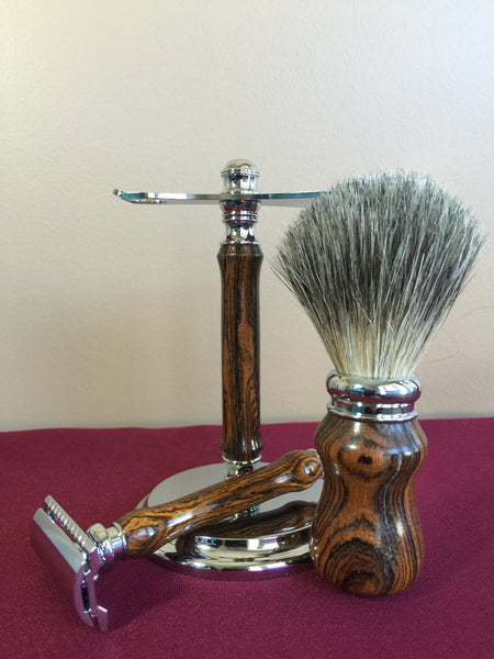 Razor, Brush and Stand Set - Safety Razor