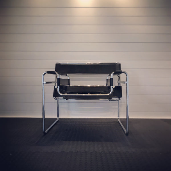 Knoll Wassily Chair Black Leather