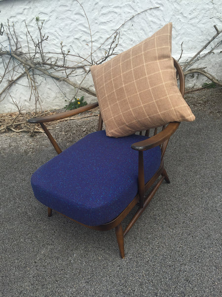 Ercol 203 windsor lounge chair