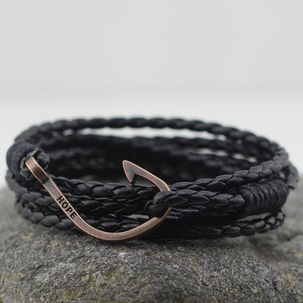 Hook Leather Wrap Bracelet In Black