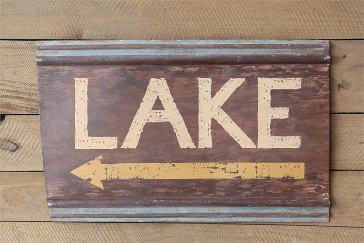 Lake Arrow Sign