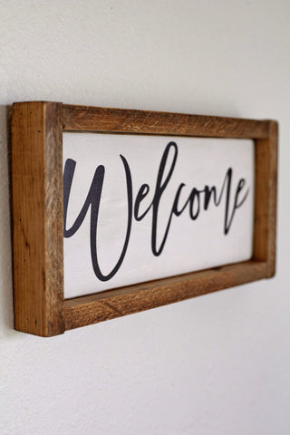 Antiqued Wooden Welcome Sign