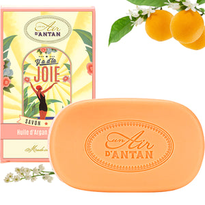 Y'a d'la Joie! The Soap full of joy
