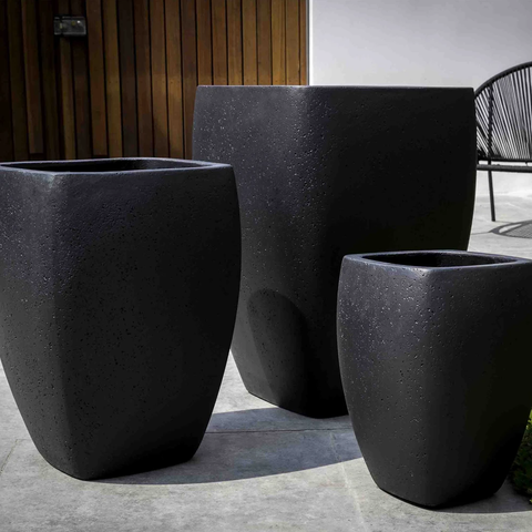 7 Modern Planters to Perk Up Your Indoor and Outdoor Space